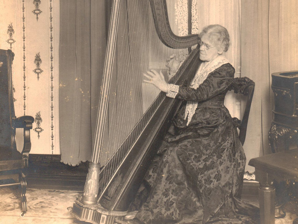Miss Mary Emily Fauntleroy playing the harp
