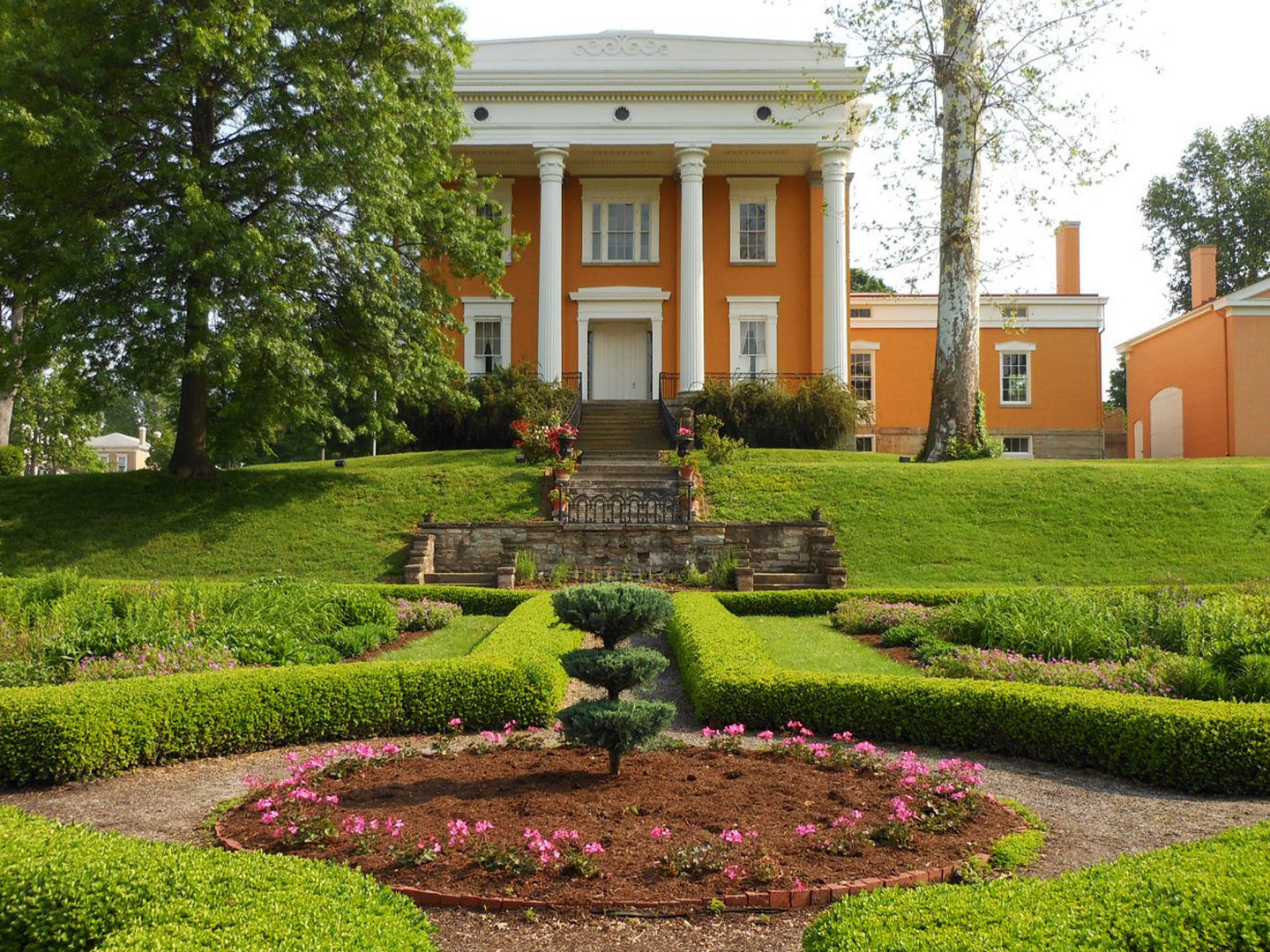 Lanier Mansion Grounds